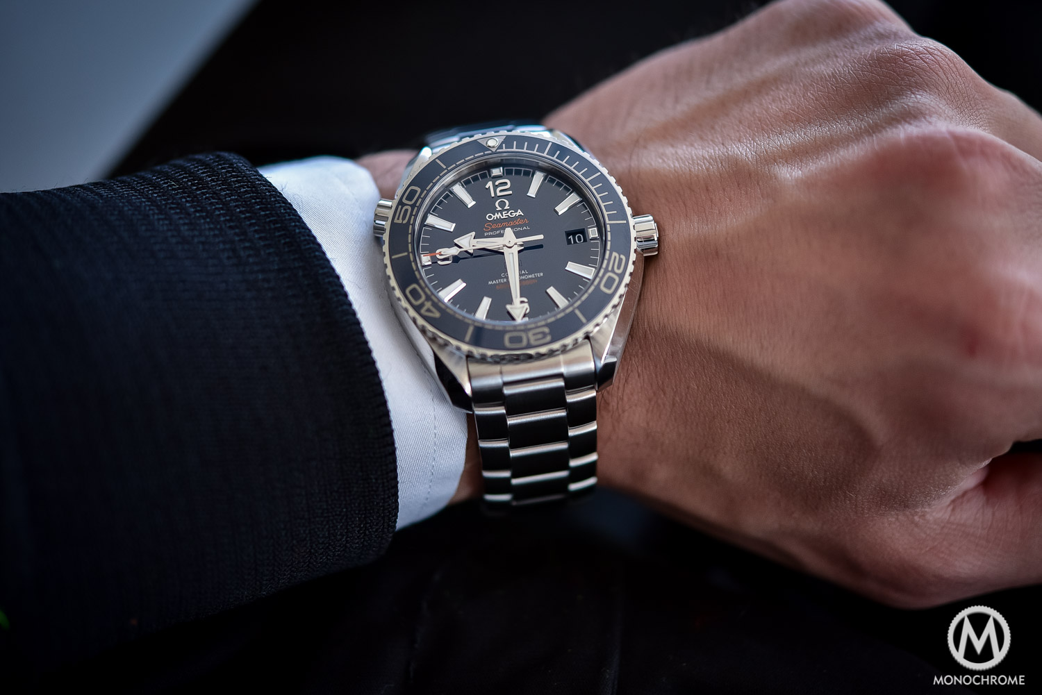 omega seamaster planet ocean 39.5 mm review